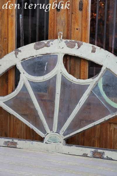 half rond oud raam
