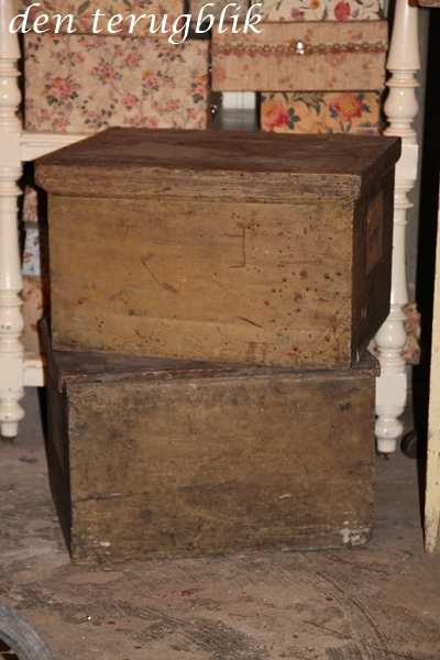 Oude houten kisten