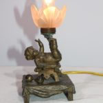 Klein brons tafel lampje